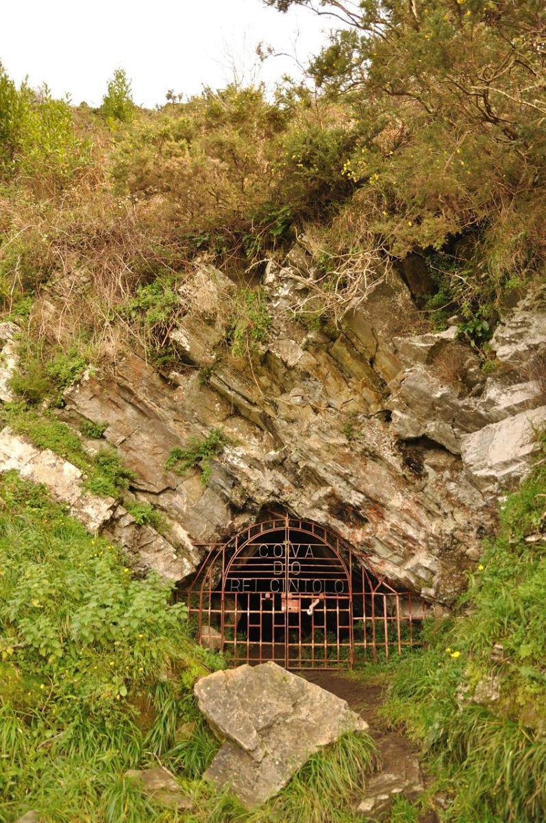 leyendas gallegas  a cova do rei cintolo